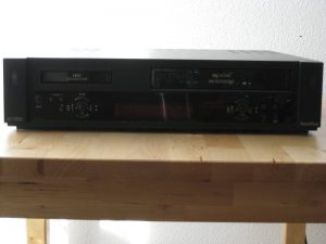 Video 8 HI8 und VHS Player