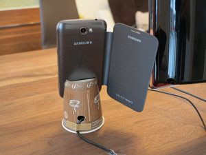 Free Samsung Galaxy Note 2 dockingstation - cardboard back