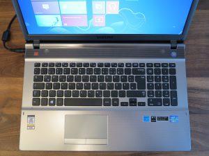 Samsung Serie 5 550P7C S0E - Tastaturlayout