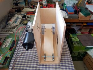 DIY ventilator construction wiper motor mount