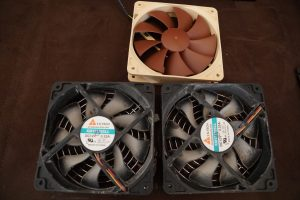 Synology NAS DS1813+ old fans new fan