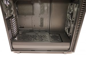 Fractal Design Define 7 XL Dark tempered glass bottom